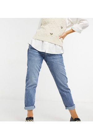 New Look Waist enhance mom jeans in blue