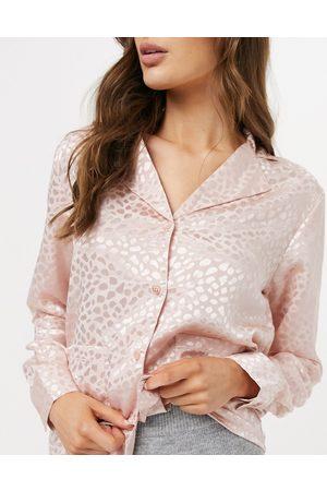 Liquorish Nightwear jacquard pyjama top in blush pink