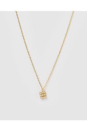 Izoa Women Necklaces - Pearl Letter E Necklace - Jewellery Pearl Letter E Necklace
