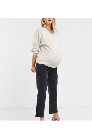 ASOS ASOS DESIGN Maternity high rise stretch 'effortless' crop kick flare jeans in black with over the bump waistband