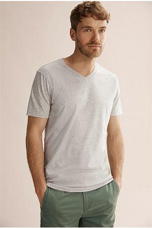 COUNTRY ROAD Men Short Sleeve - Pima V-Neck T-Shirt - Light Marle