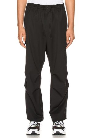 Y-3 Stretch Cargo Pants in .