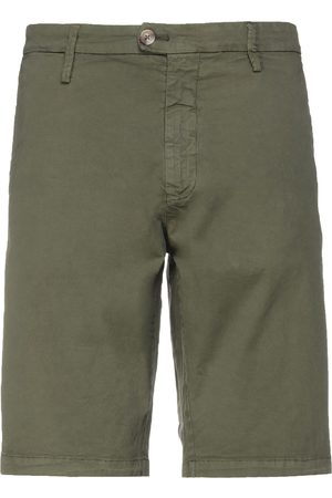 ALLEY DOCKS 963 Bermudas