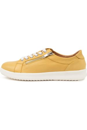 SUPERSOFT Zarala Su Sneakers Womens Shoes Casual Casual Sneakers