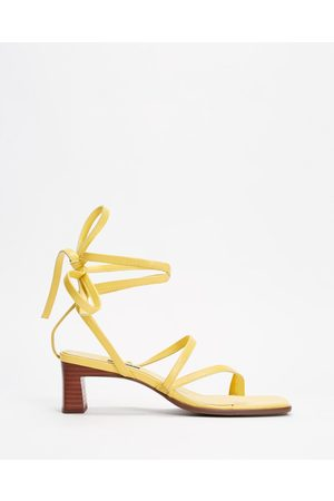 SENSO Raegan - Sandals (Banana) Raegan