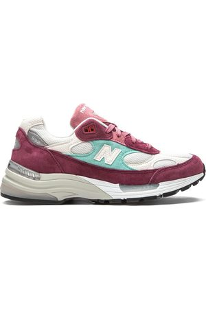 New Balance 992 Kithmas low-top sneakers