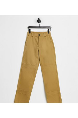 COLLUSION Unisex twill 90s straight leg pants in brown