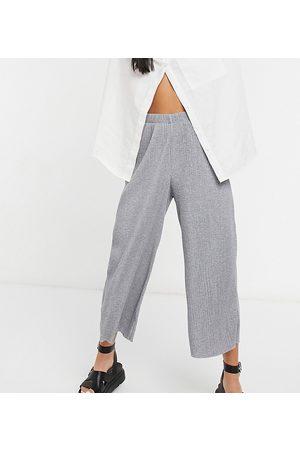 ASOS ASOS DESIGN Petite plisse culotte pants in grey marl