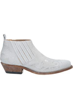 Golden Goose Women Boots - Booties