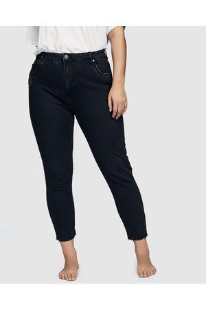 Cotton On Curve Curve Taylor Mom Jeans - Slim Curve Taylor Mom Jeans