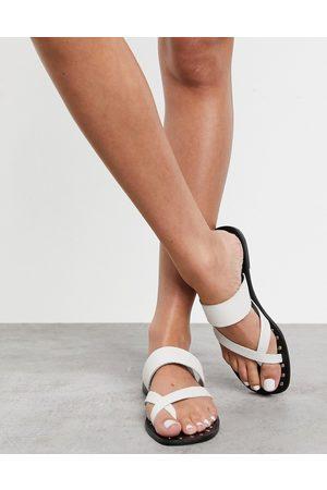 Aldo Toe loop sandals in white