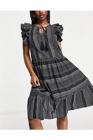 Accessorize Women Beach Dresses - Statement shoulder beach dress in black