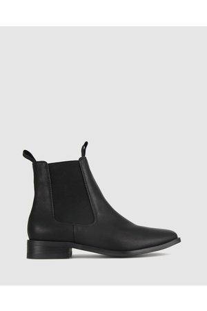 Betts Power Flat Ankle Boot - Boots Power Flat Ankle Boot