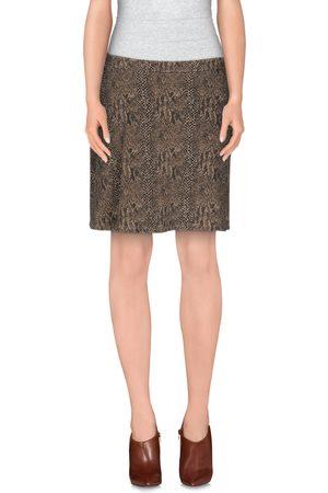 MET JEANS Knee length skirts