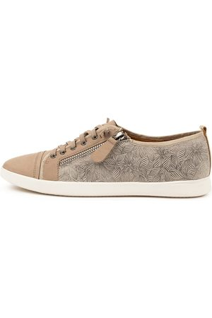 SUPERSOFT Adelaide Su Sneakers Womens Shoes Casual Casual Sneakers