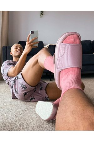 adidas Padded lounge slipper in pink