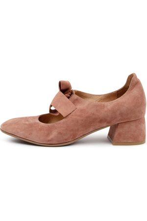Django & Juliette Chiara Dj Dk Cafe Shoes Womens Shoes Casual Heeled Shoes