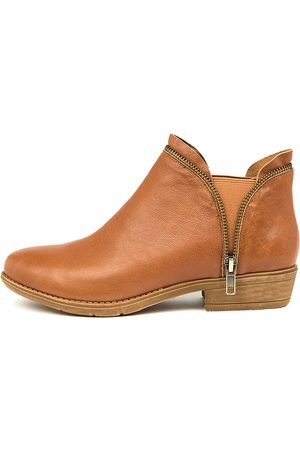 Django & Juliette Rubee Tan Boots Womens Shoes Casual Ankle Boots