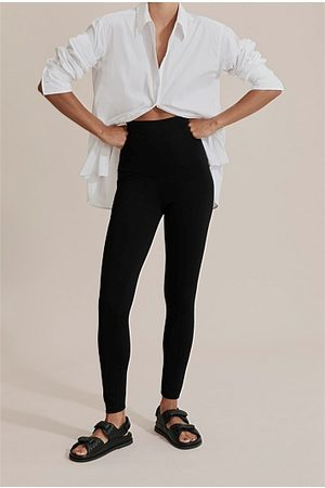 COUNTRY ROAD Compact Knit Legging