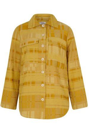 Baum und Pferdgarten Buyu shirt