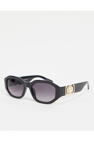 Pieces Vintage style sunglasses in with gold arm detail