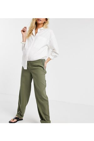 ASOS ASOS DESIGN Maternity slouchy chino pants in khaki cheesecloth with side bump band-Green