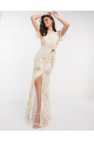 HOPE & IVY Bridesmaid draped back maxi dress in peach floral-Multi