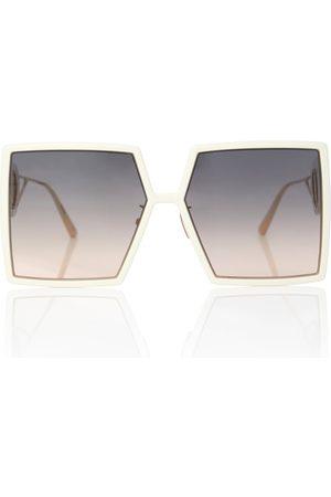 Dior 30Montaigne SU oversized sunglasses