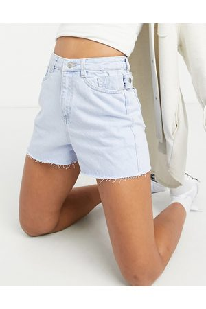 Urban Bliss Ripped high-waisted short in light wash-Blue