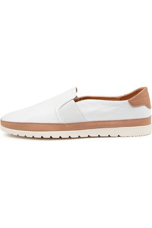 Diana Ferrari Women Casual Shoes - Aisling Df Dk Tan Shoes Womens Shoes Casual Flat Shoes