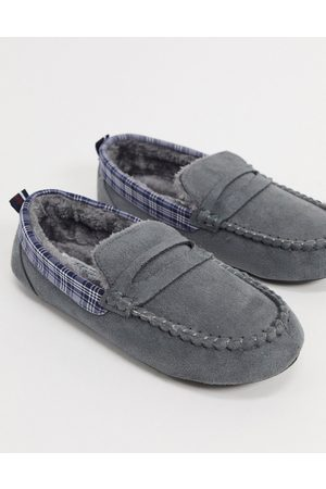 Original Penguin Moccasin slippers with check collar in grey