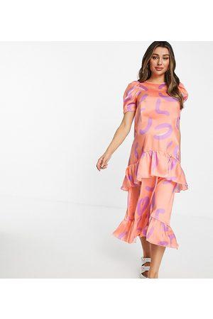 Blume Maternity Blume Studio Maternity short-sleeved smock midi dress in coral animal-Orange