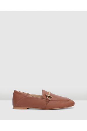 Clarks Pure2 Loafer - Dress Shoes (Dark Tan Leather) Pure2 Loafer