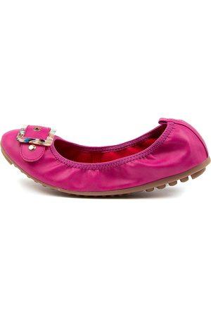 I LOVE BILLY Cannonade Il Fuchsia Shoes Womens Shoes Casual Flat Shoes