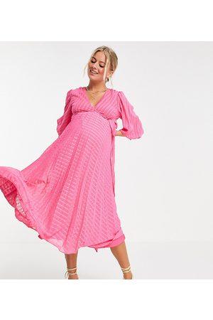 ASOS ASOS DESIGN Maternity nursing pleated tie wrap around midi dress in chevron dobby in pink