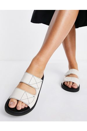 London Rebel Double strap chunky sliders in off white