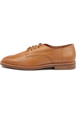 Mollini Ileev Mo Tan Shoes Womens Shoes Casual Flat Shoes