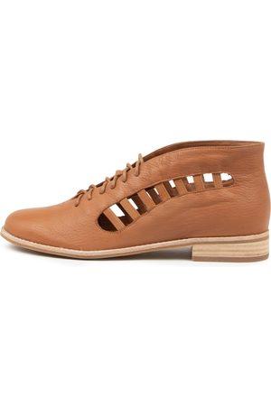 Django & Juliette Women Casual Shoes - Alecia Dj Tan Shoes Womens Shoes Casual Flat Shoes