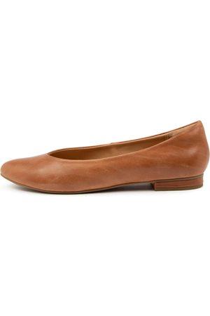Ziera Women Casual Shoes - Odus Xf Zr Tan Shoes Womens Shoes Casual Flat Shoes