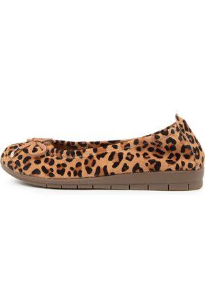 SUPERSOFT Flex3 Su Tan Leopard Gum Sole Shoes Womens Shoes Casual Flat Shoes