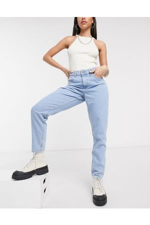 Noisy May Mom jeans in light wash-Blue