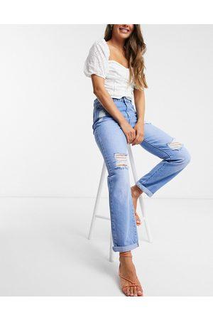 Urban Bliss Ripped boyfriend jeans in mid wash-Blue