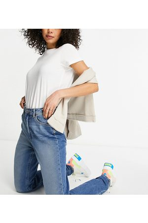 ASOS ASOS DESIGN Tall hourglass high-rise farleigh 'slim' mom jeans in authentic midwash-Blue
