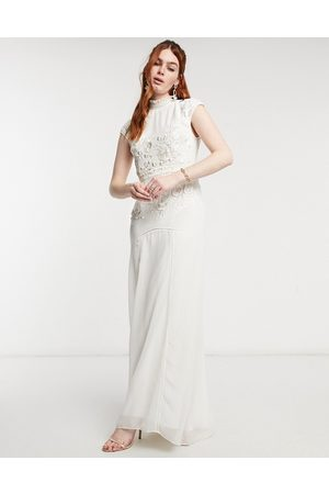 HOPE & IVY Bridal floral beaded and embroidered maxi dress with open back in ivory-White