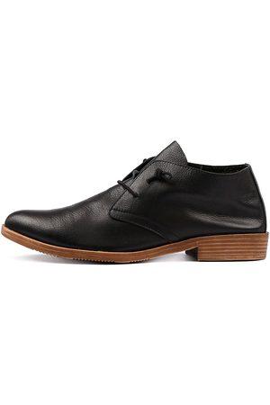 Django & Juliette Women Casual Shoes - Karaf Lrg Shoes Womens Shoes Casual Flat Shoes