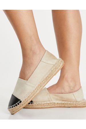 Accessorize Flat toe cap espadrilles in beige and black-Multi