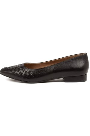 SUPERSOFT Linette Su Shoes Womens Shoes Casual Flat Shoes