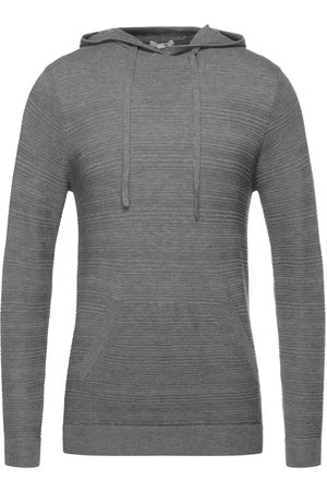 Sseinse Sweaters
