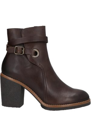 manas Ankle boots