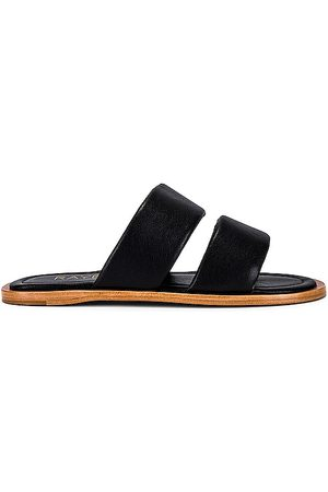 Raye Telly Sandal in .